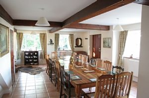 house-lyme-regis-english-holiday-letting-dining-room-seats--2459099