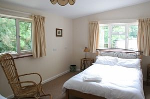 lyme-regis-house-english-rentals-bedroom-downstairs-also-has-single-bed--2459102
