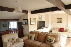 lyme-regis-house-english-rentals-view-of-living-room-2459100